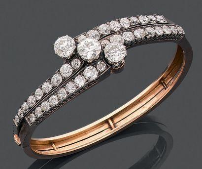 Bracelet rigide et ouvrant en or jaune 750...