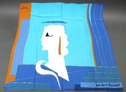 Yves SAINT LAURENT  Lot de 4 foulards et...