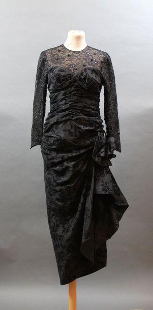 Nina RICCI, circa 1980  Robe du soir en taffetas...