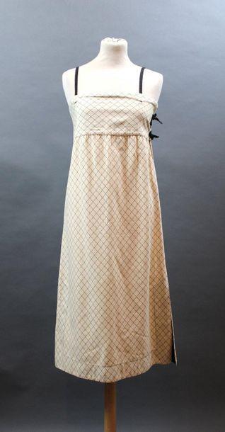 KENZO JAP, circa 1975  Robe droite à bretelles...