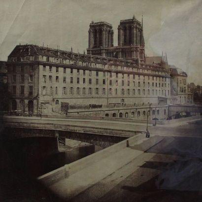 PARIS, cathédrale Notre-Dame et les quais....