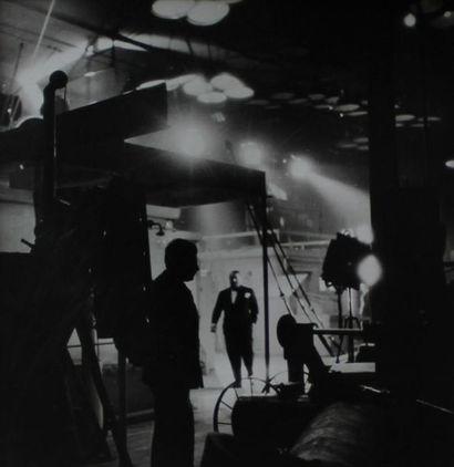 CINEMA. Germain KRULL. Studio de cinéma de...