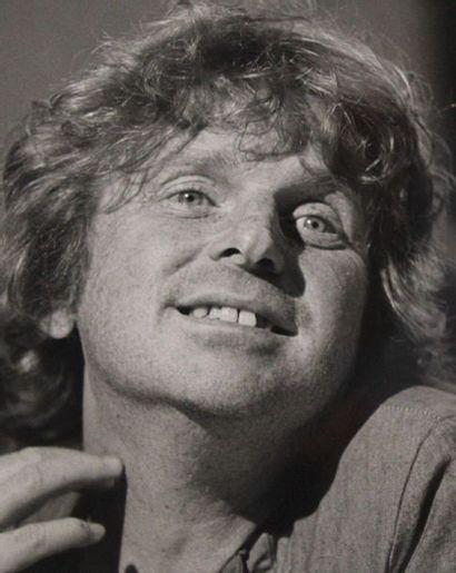 MAI 68 et portrait de Daniel Cohn Bendit en 1985. Ensemble de six tirages argentique...