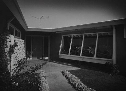 DECORATION INTERIEURE, ARCHITECTURE par Robert E. Faxon. Sujets : Etats-Unis/Californie,...