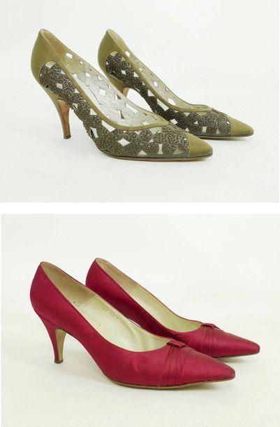 Pierre CARDIN  Charles JOURDAN  3 paires...