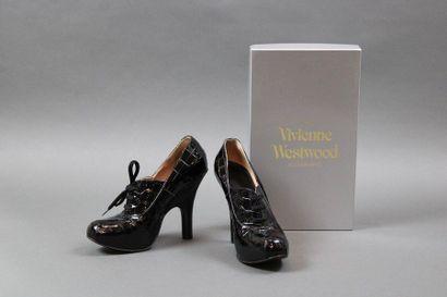 Vivienne WESTWOOD  Paire de souliers type...