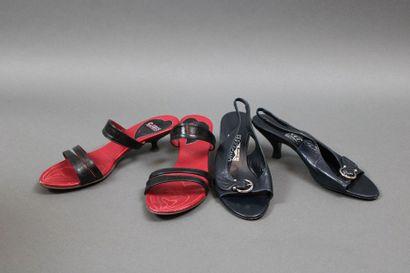 Deux paires de souliers  SALVATORE FERRAGAMO...