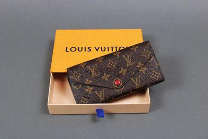 Louis VUITTON  Portefeuille en toile Monogram,...