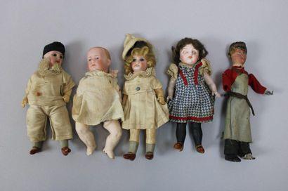 Lot de 5 mignonnettes dont 4 à têtes en porcelaine,...