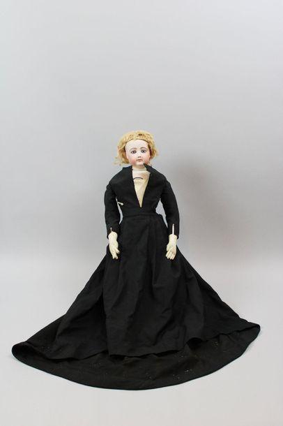 Poupée de mode, attribuée à F.GAULTIER, tête...