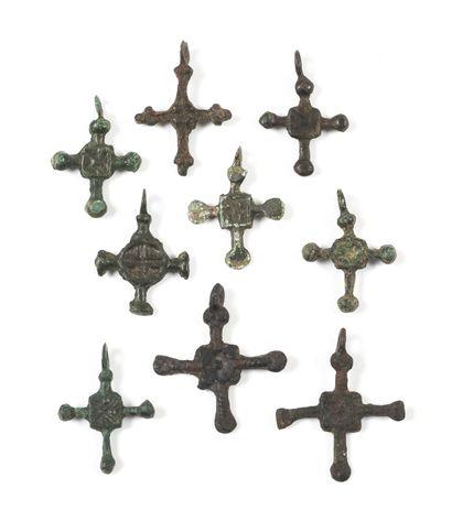 Neuf petites croix. Kiev, Tchernigov, XIIe-XIIIe...