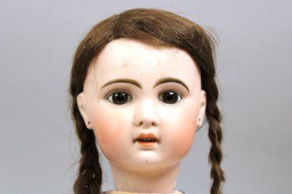 Poupée, tête en porcelaine (Traces, petite...