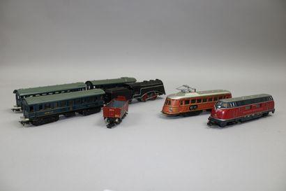 MARKLIN HO   Locomotive et son tender SLR...