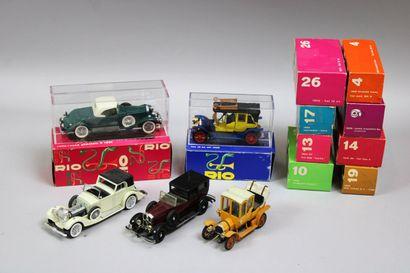 Lot de 40 voitures dont 13 véhicules anciens...