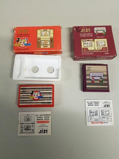 GAME & WATCH  Lot de 2 jeux en boite, version...