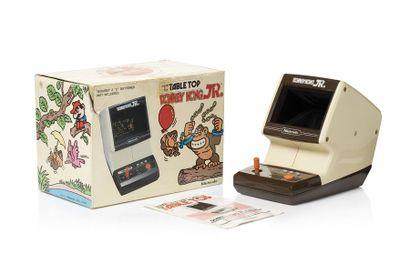 GAME & WATCH  Donkey Kong JR. TABLE TOP (CJ-71)...