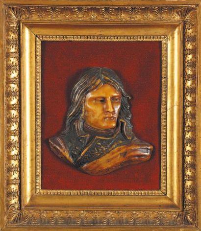 Haut Relief représentant le portrait de Bonaparte...