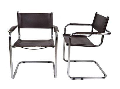 Marcel BREUER (d'après)  Paire de fauteuil...