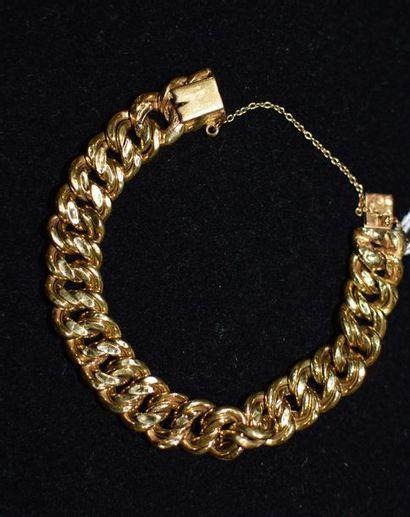 Bracelet mailles souples en or jaune  Poinçons...
