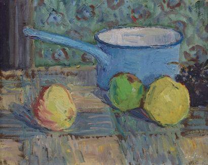 Louis SUE (Paris 1875-1968) Pommes et casserole Huile sur panneau 32,5 x 41 cm Signé...