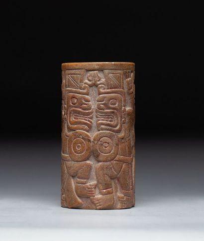 Mortier chamanique sculpté en ronde-bosse...