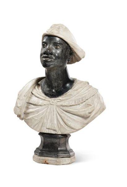 Buste en marbre polychrome représentant un...