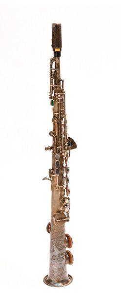 Saxophone ténor Paul BEUSCHER Pavillon gravé....