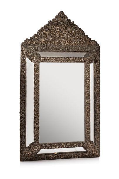 Miroir en argent Tunisie, XIXe siècle Rectangulaire...