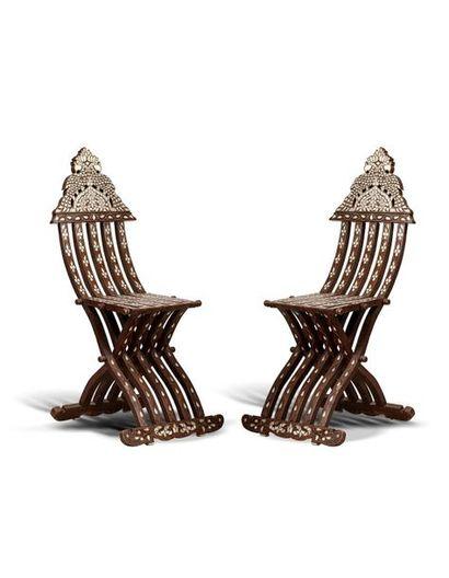 Deux chaises pliantes Syrie, vers 1900 En...