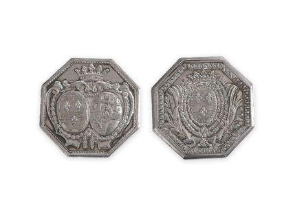 Comte et comtesse de Provence. Paire de jetons de mariage octogonaux en argent aux...