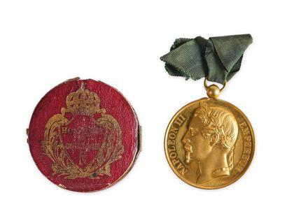 Honneur et Courage. Belle médaille en bronze...