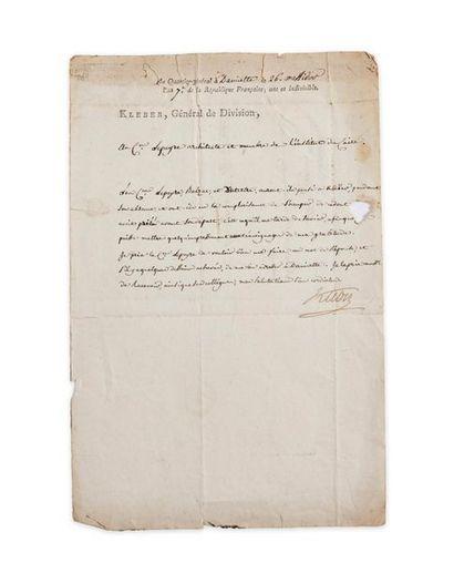 """KLÉBER Jean-Baptiste (1753-1800). Lettre signée """"Kléber"""" à son en-tête en tant que..."""