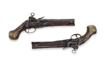 Paire de pistolets d'Officier espagnol, à...