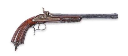 Pistolet de duel, à percussion. Canon rayé, à pans, flûté, bleui, marqué au tonnerre...