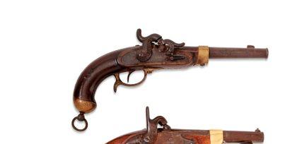 Pistolet d'arçon allemand, à percussion....