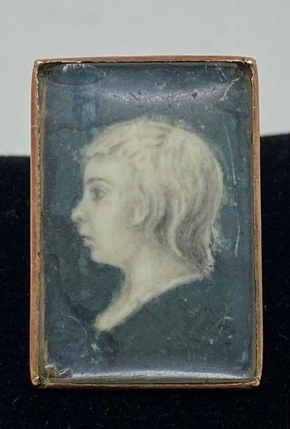 Louis-Charles de France (1785-1795), dit Louis XVII. Rare bague en or (bas-titre),...