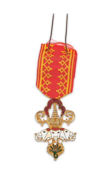 Laos Insigne de chevalier l'Ordre du Million...