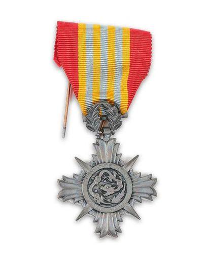 République du Vietnam Lot de 2 médailles...