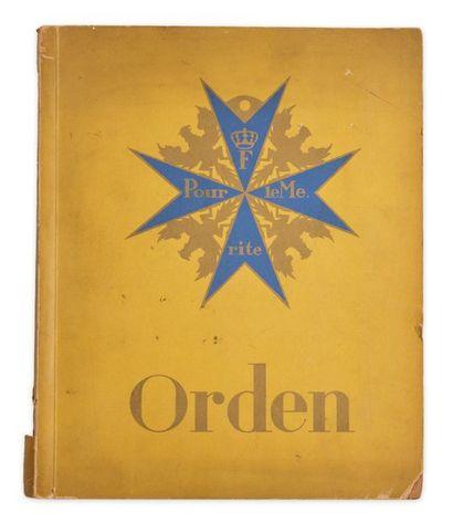 Orden (Décorations). Album, 58 pages avec...