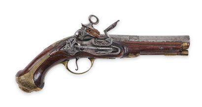Pistolet espagnol, à silex, de Ripoll. Canon...