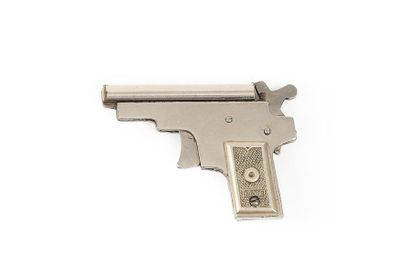 Breloque du « Kolibri « , le célèbre pistolet...