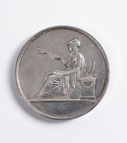 Importante médaille en argentpar Andrieu d'après un dessin de Puymaurin, au profil...