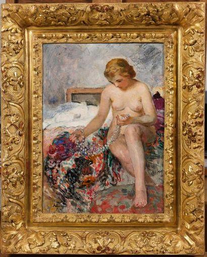Henri LEBASQUE (Champigné 1865 - Le Cannet 1937) Nu au collier de perles Huile sur...