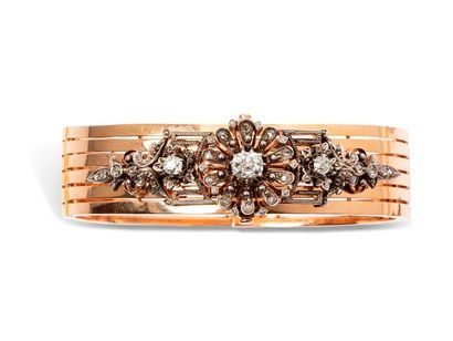 Bracelet rigide en or rose 18k (750 millièmes)...