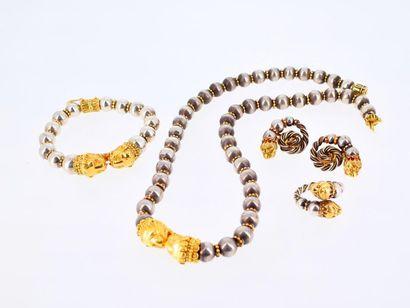 ZOLOTAS Parure composée d'un collier, d'un bracelet, de deux clips d'oreilles et...