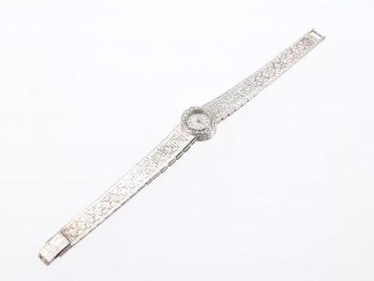PIAGET Montre bracelet de forme ovale pour...