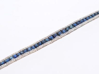 Bracelet en platine (950 millièmes), orné...