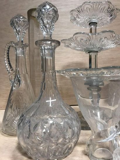 Set of various crystal and glass objects, including two carafes and two candy boxes...