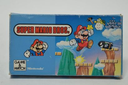 Game Watch «Super Mario Bros» (YM-105)...