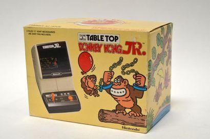 Game Watch TABLE TOP «DONKEY KONG JR.» (CJ-71)...